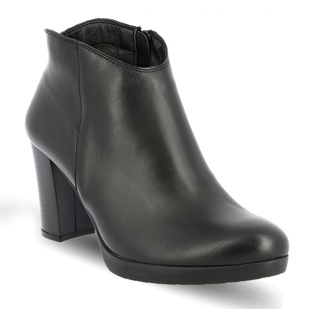 Women's Leather Ankle Boots RAGAZZA 0245